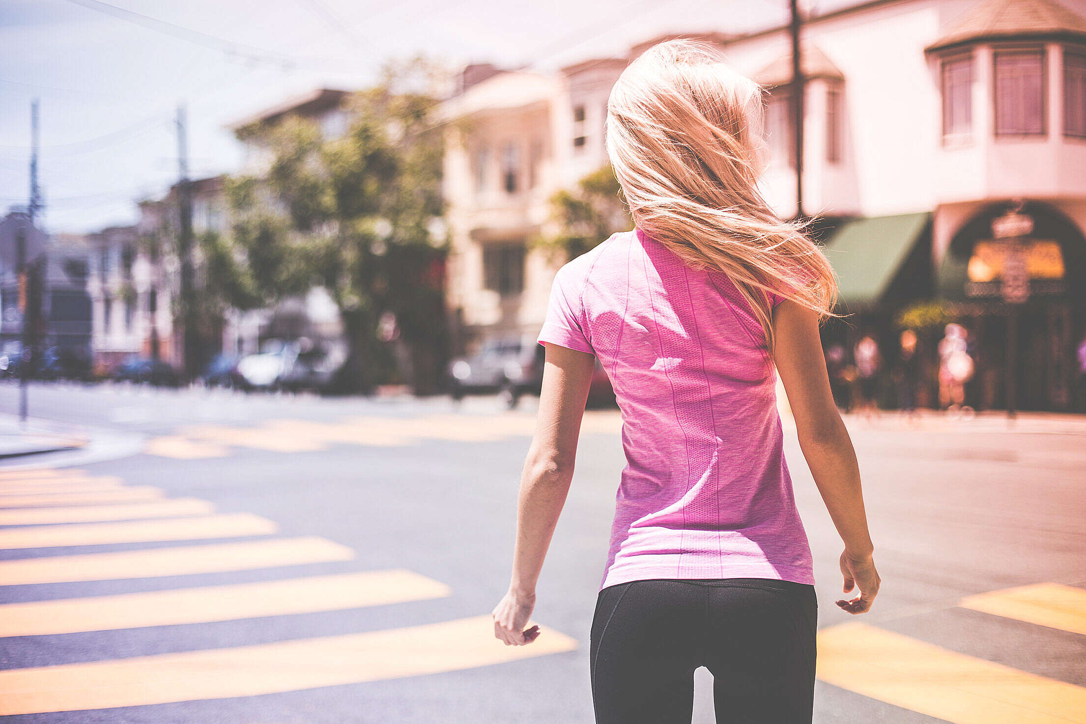 Young Sexy Fit Woman Preparing Herself For Morning Jogging Free Stock Photo